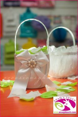 Enaq's Touch: High Quality Favors & Accessories