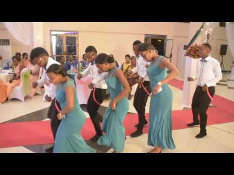 AFRICAN WEDDING MAIDS DANCING NANA BY BRACKET – OccasionsTV.com